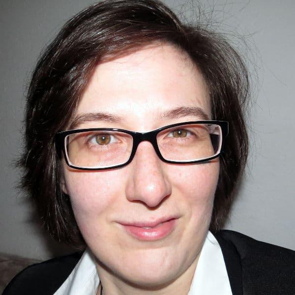 Melanie Völker - - Die Autorin bei Indie-Autoren Bücher