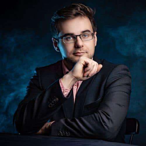 Ivan Golovko - - Die Autorin bei Indie-Autoren Bücher